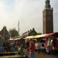 Zomers varen op de Nieuwkoopse Plassen tijdens de zomermarkt